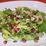 Salata cu rucola,rodie si seminte
